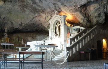 Grotte de la Sainte Baume, photo Wikipédia