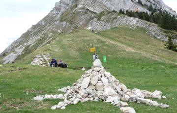 Le Rocher de l'Ours vu Du Col de l'Arc