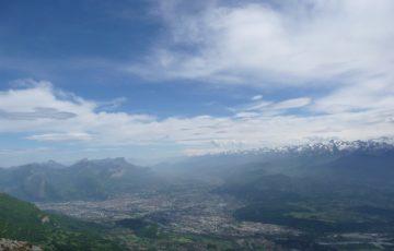 Vue sur Grenoble et la chaine du Mont Blanc au loin